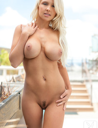 Cybergirl Traci Denee hails from Dallas, Texas. She?s a dark blonde hair with brown-green eyes and a perfect pair of natural D cups. A tattoo on her s